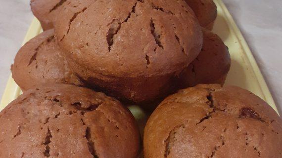 Σοκολατένια- κεκάκια -πορτοκάλι- και- γέμιση- πραλίνα-
