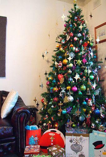 στολισμός-χριστουγεννιάτικου-δέντρου-ιδέες-