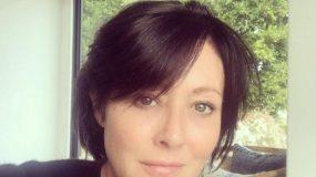 Σάνεν Ντόχερτι: Η «Μπρέντα» δείχνει την ωμή αλήθεια του καρκίνου με δύο φωτογραφίες