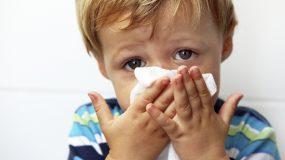 Παιδίατρος προτείνει: Πως πρέπει να αντιμετωπίσουμε τις ιώσεις του αναπνευστικού στα παιδιά του παιδικού σταθμού