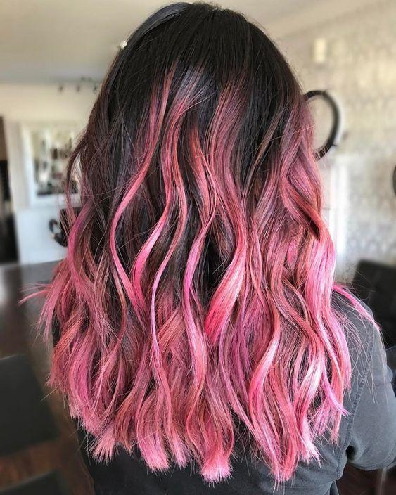 ροζ-ανταύγειες-σε-μαύρα-μαλλιά-ιδέες-