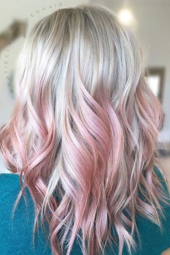 ροζ-ανταύγειες-σε-ξανθά-μαλλιά-