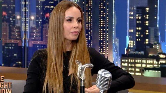 Ιωάννα Λίλη: Κυκλοφορεί με μπαστούνι – Το πρόβλημα υγείας που την ταλαιπωρεί